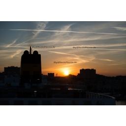 Fine Art 20x30 - Sunrise in the port of Toulon