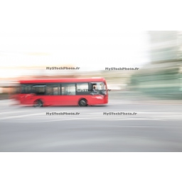 Toile Fine Art 20x30 - Blur of London's Buses