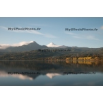 Toile Fine Art 20x30 - Reflection of the Volcano Villarica (Long Exp)